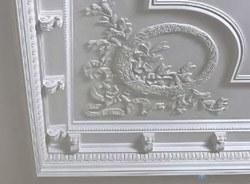 поклейка лепнины в Санкт-Петербурге